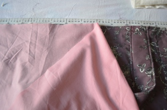 Pin and sew on the lining.